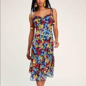NWT Lulu's Blue Floral Tie Strap Midi Dress Medium